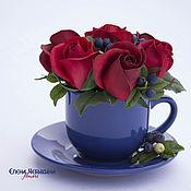 Цветы и флористика ручной работы. Ярмарка Мастеров - ручная работа Интерьерная композиция букет в чашке Розы и черника. Handmade.