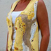 Одежда ручной работы. Ярмарка Мастеров - ручная работа Вязаный крючком жилет пэчворк, техника фриформ, стиль бохо. Handmade.