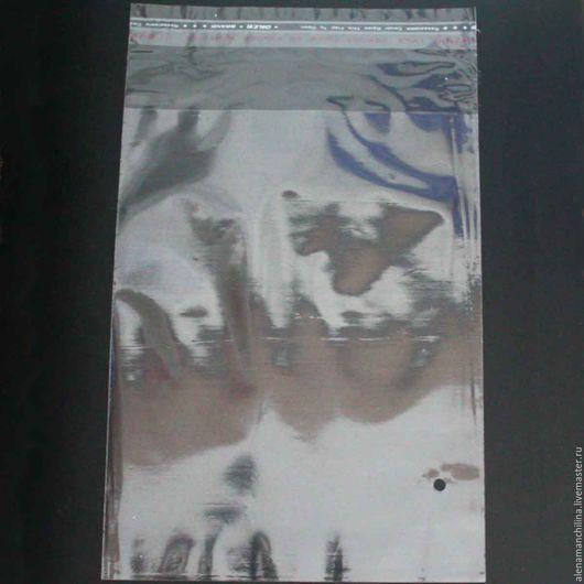 Упаковка ручной работы. Ярмарка Мастеров - ручная работа. Купить Пакет 25х35/40 см. прозрачный с клеевым клапаном (с проб. отверстием). Handmade.