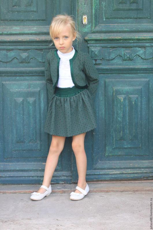 Одежда для девочек, ручной работы. Ярмарка Мастеров - ручная работа. Купить Костюм-двойка для девочки. Handmade. Тёмно-зелёный