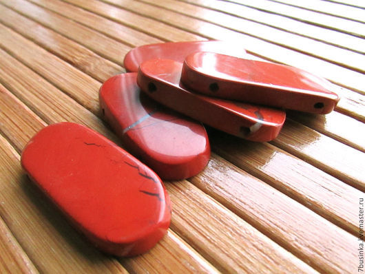 Бусины / кабошоны ЯШМА красная.  Форма прямоугольник граненый. Елена (7businka).