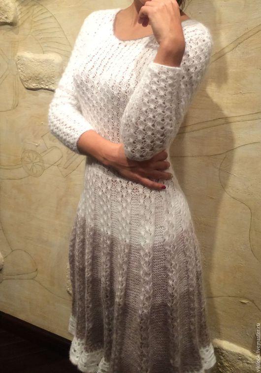Платья ручной работы. Ярмарка Мастеров - ручная работа. Купить Женственное вязаное платье ручной работы. Handmade. Платье вязаное
