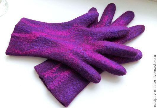 """Варежки, митенки, перчатки ручной работы. Ярмарка Мастеров - ручная работа. Купить Валяные перчатки """"Необыкновенный микс"""". Handmade."""