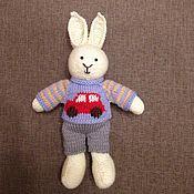 Куклы и игрушки ручной работы. Ярмарка Мастеров - ручная работа Кролик зайчик вязаный. Handmade.