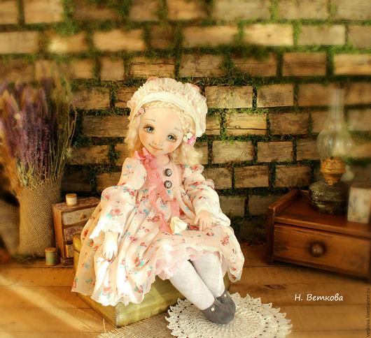 Коллекционные куклы ручной работы. Ярмарка Мастеров - ручная работа. Купить Поль текстильная интерьерная коллекционная авторская кукла в подарок. Handmade.