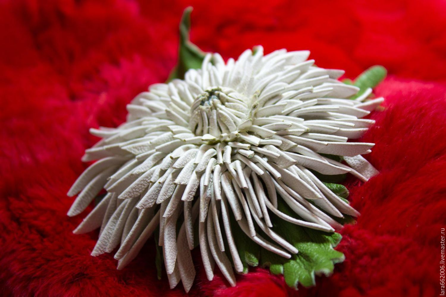 Leather Flowers Brooch Clip Needle White Chrysanthemum Leather