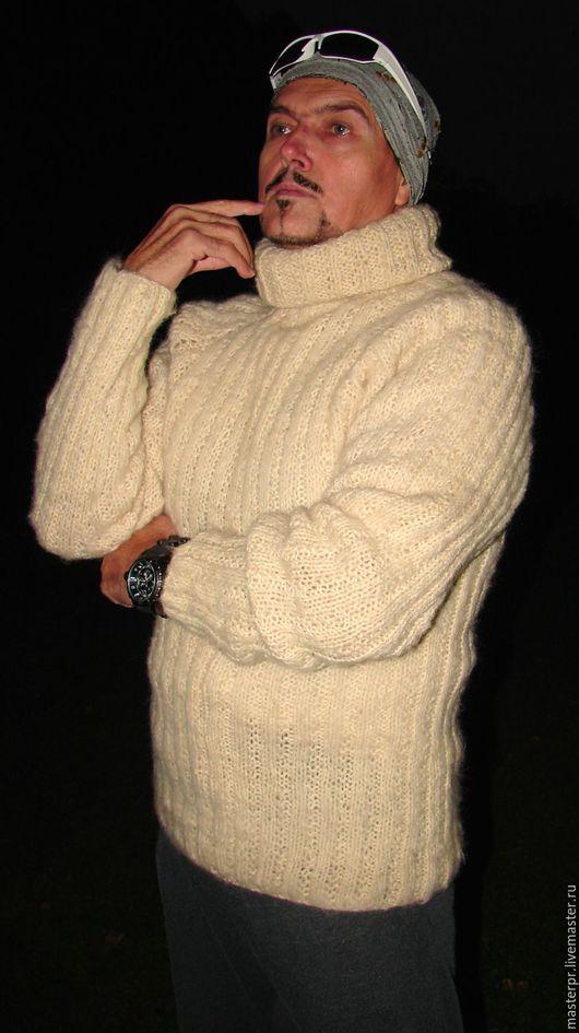 Свитер мужской  вязанный «Белый Командор». Свитер чистошерстяной . Комплект : свитер , шарф .