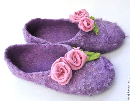 """Обувь ручной работы. Ярмарка Мастеров - ручная работа. Купить валяные тапочки """"Весна в Провансе"""". Handmade. Сиреневый, тапочки из шерсти"""