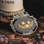 Украшения handmade. Livemaster - original item Embroidered brooch, Glue de Dijon (4). Handmade.