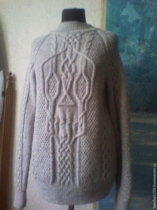 """Для мужчин, ручной работы. Ярмарка Мастеров - ручная работа. Купить """"Интеллигентный Йорик """".Мужской свитер спицами.. Handmade."""