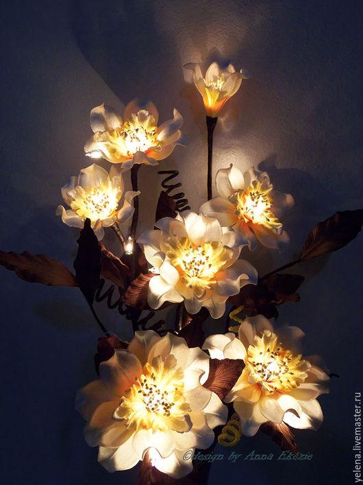 """Освещение ручной работы. Ярмарка Мастеров - ручная работа. Купить Букет-светильник  """"Нежность"""". Handmade. Белый, свет, декор интерьера"""