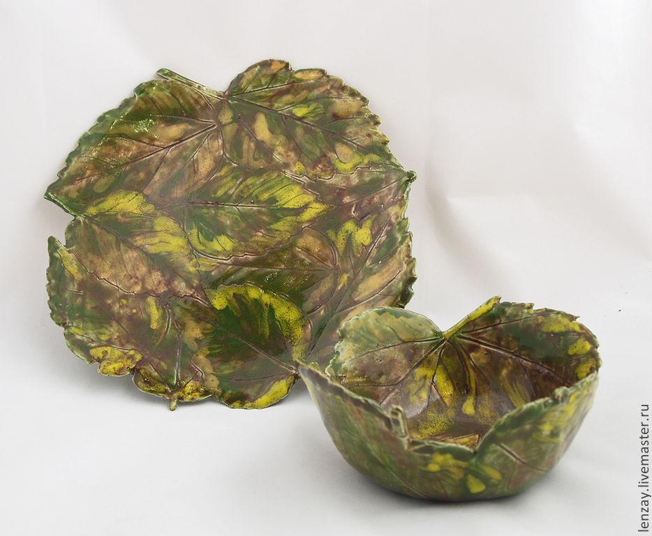 A plate and a bowl of `Autumn leaves`. Ceramics Elena Zaichenko