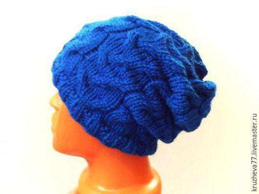 Шапки ручной работы. Ярмарка Мастеров - ручная работа. Купить в наличии обе шапка (с помпоном и без помпона) синяя из шерсти. Handmade.