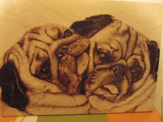 """Животные ручной работы. Ярмарка Мастеров - ручная работа. Купить Картина """"Мопсы"""". Handmade. Коричневый, собака, собаки, Мопсы, выжигание"""