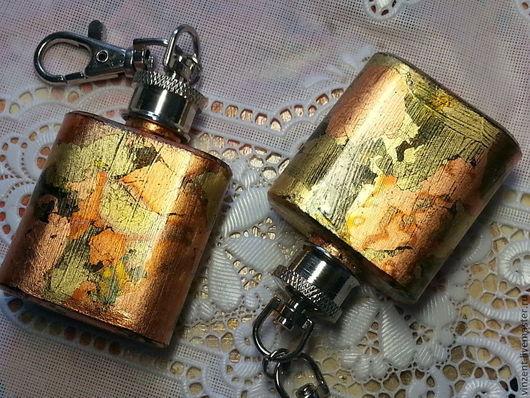 """Подарки для мужчин, ручной работы. Ярмарка Мастеров - ручная работа. Купить Брелок """"Старое золото"""". Handmade. Золотой, подарок девушке"""