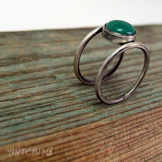 """Кольца ручной работы. Ярмарка Мастеров - ручная работа. Купить Серебряное кольцо """"Соприкосновение"""". Handmade. Зеленый, серебро 925 пробы"""