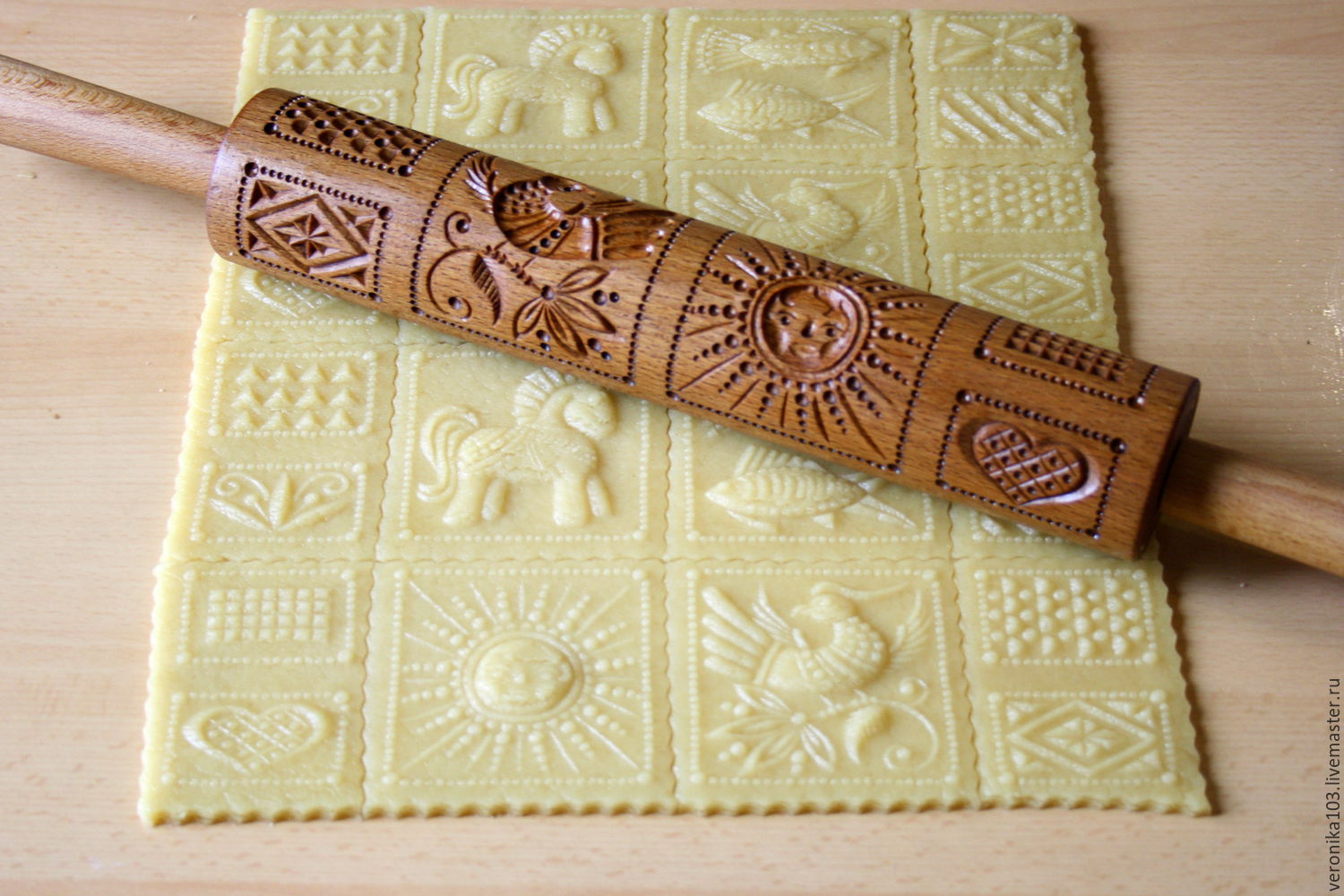 The Rolling Pin As A Gift For Mom Rustic Kitchen Home Decor Embossed Rolling Pin Shop Online