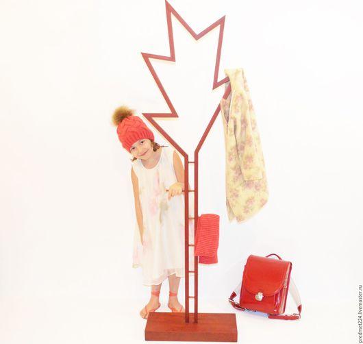 Прихожая ручной работы. Ярмарка Мастеров - ручная работа. Купить Напольная вешалка 4 из массива падук. Handmade. Бордовый
