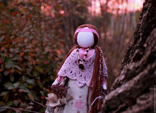 """Народные куклы ручной работы. Ярмарка Мастеров - ручная работа. Купить Кукла-оберег """"Лесная Берегиня"""". Handmade. Розовый"""