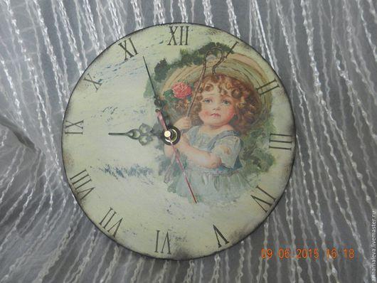 """Часы для дома ручной работы. Ярмарка Мастеров - ручная работа. Купить Часы настенные"""" Малышка"""". Handmade. Бежевый, интерьер, творчество"""
