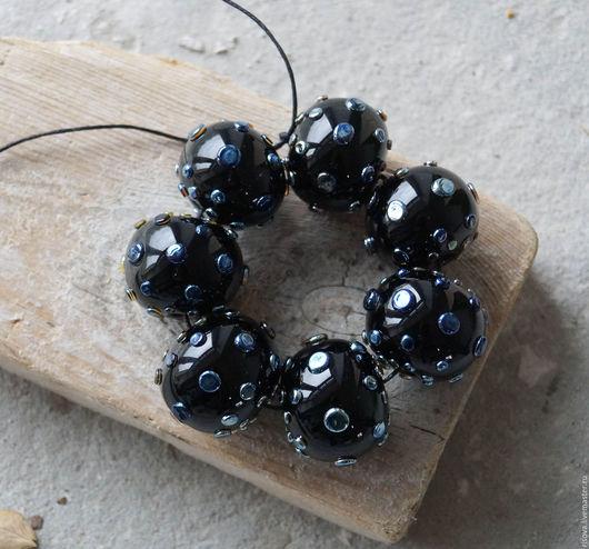 Для украшений ручной работы. Ярмарка Мастеров - ручная работа. Купить Комплект 7 полых бусин черные-звездные. Handmade.