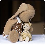 Куклы и игрушки ручной работы. Ярмарка Мастеров - ручная работа Зайка Зоя и мишка Маня. Handmade.