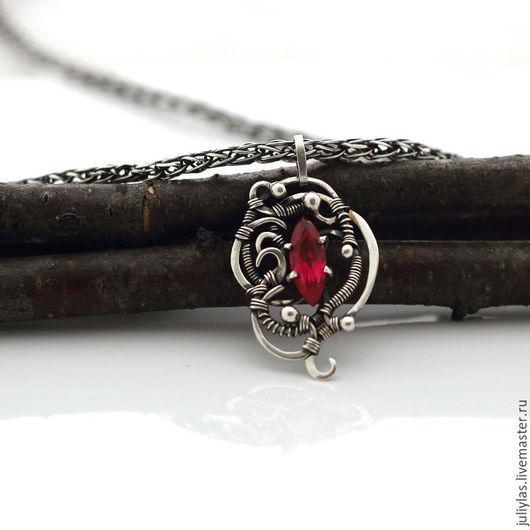 ручная работа, оригинальный подарок, красный камень, купить подарок, на каждый день, на праздник, шикарный подарок, дорогое украшение, кружево из металла, узоры из серебра, Лазовская Юлия