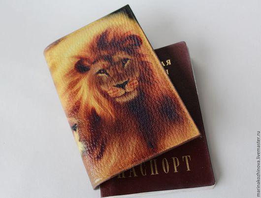Обложки ручной работы. Ярмарка Мастеров - ручная работа. Купить Обложка на паспорт, натуральная кожа, декупаж))). Handmade. Обложка на паспорт
