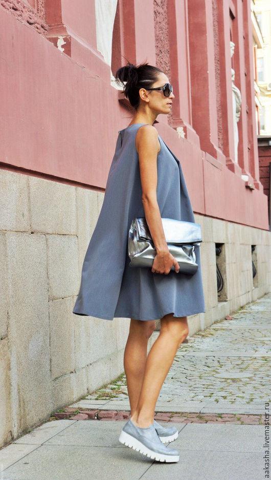 Короткое серое платье на лето. Легкое платье без рукавов