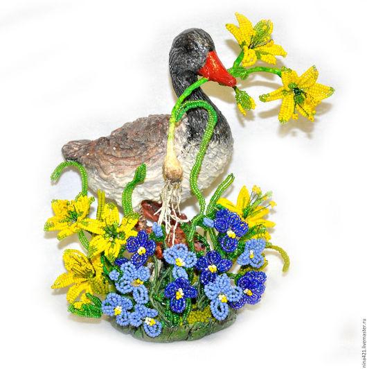 Статуэтки ручной работы. Ярмарка Мастеров - ручная работа. Купить Гусиная любовь. Handmade. Зеленый, любовь, фигурки животных, бисер