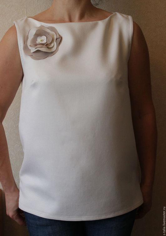 Блузки ручной работы. Ярмарка Мастеров - ручная работа. Купить Блузка   Топ  с Цветком. Handmade. Белый, брошь цветок