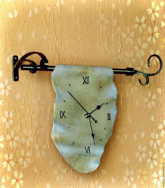 """Часы для дома ручной работы. Ярмарка Мастеров - ручная работа. Купить Настенные часы """"Убегающее время"""". Handmade. Бежевый"""