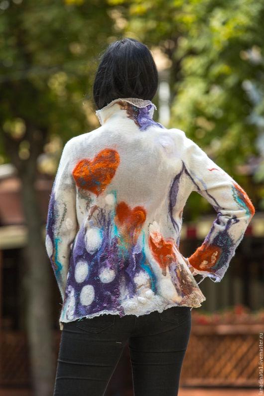 """Верхняя одежда ручной работы. Ярмарка Мастеров - ручная работа. Купить Куртка валяная """"Счастливое сердце"""" , одежда из войлока, валяние, нуно. Handmade."""