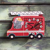 Для дома и интерьера ручной работы. Ярмарка Мастеров - ручная работа Детские настенные часы  Пожарная машинка. Handmade.