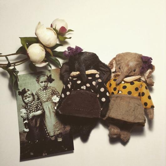 Мишки Тедди ручной работы. Ярмарка Мастеров - ручная работа. Купить Нюра и Глаша. Handmade. Разноцветный, тедди, вискоза, текстиль