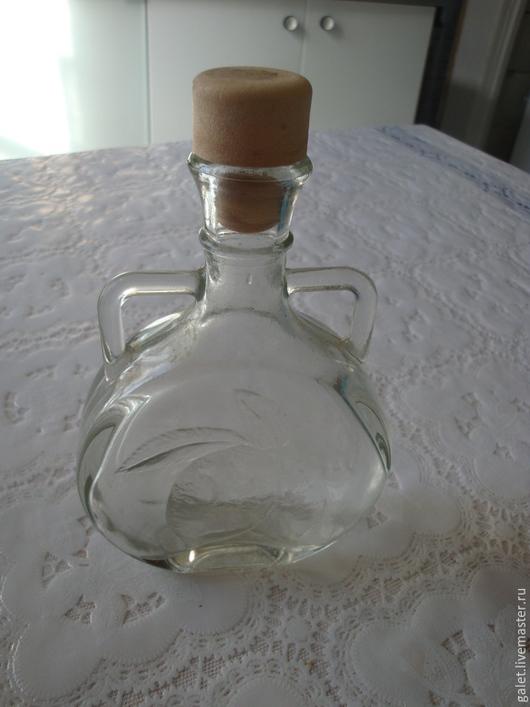 Винтажная посуда. Ярмарка Мастеров - ручная работа. Купить Оригинальный флакон-бутылочка. Handmade. Белый, вино, ручки