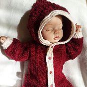 Работы для детей, ручной работы. Ярмарка Мастеров - ручная работа Вишневый комбинезон для новорожденной. Handmade.