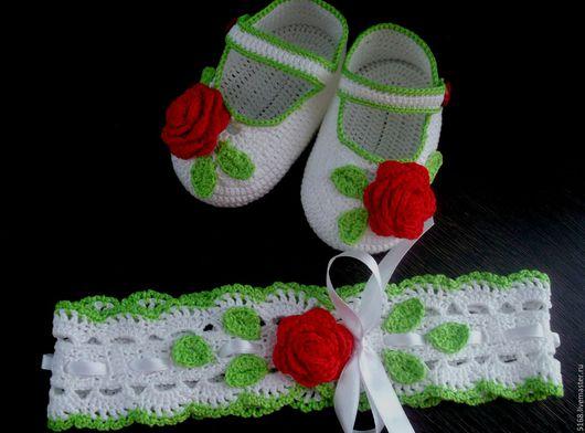 """Одежда для девочек, ручной работы. Ярмарка Мастеров - ручная работа. Купить пинетки и повязка на голову """"розочки"""". Handmade. Белый, пинетки"""