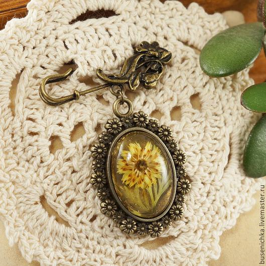 """Броши ручной работы. Ярмарка Мастеров - ручная работа. Купить Брошка Сухоцветы """"Желтый цветок"""". Handmade. Подарок девушке женщине"""