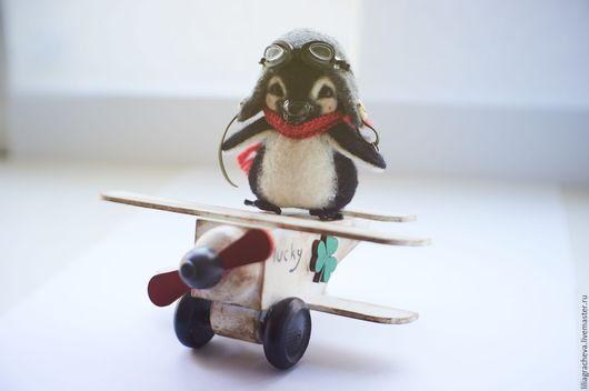 Игрушки животные, ручной работы. Ярмарка Мастеров - ручная работа. Купить Пингвиненок Пилот.  Валяная (войлочная) игрушка из шерсти.. Handmade.