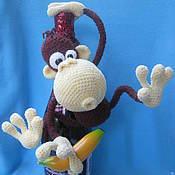 Материалы для творчества ручной работы. Ярмарка Мастеров - ручная работа Мастер-класс по вязанию игрушки Мартышка. Handmade.