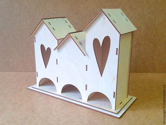 Чайный домик тройной с сердцами (в разобранном виде в палетках) Размер: 31х25х13 см Материал: фанера 3 мм