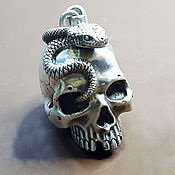Украшения ручной работы. Ярмарка Мастеров - ручная работа человеческий череп со змеей. Handmade.