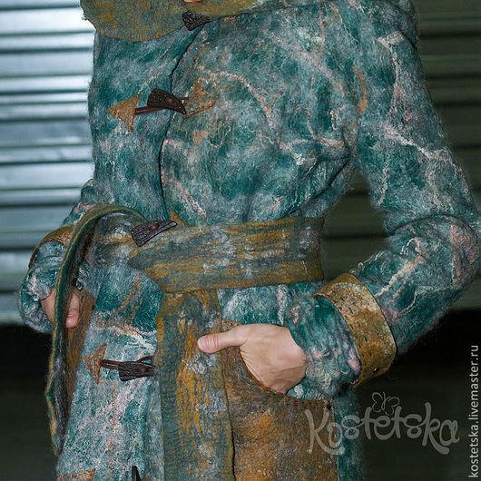 """Верхняя одежда ручной работы. Ярмарка Мастеров - ручная работа. Купить Пальто валяное зимнее """"Татьяна"""" Зеленый, кудри, флис, рамни. Handmade."""