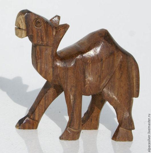 Статуэтки ручной работы. Ярмарка Мастеров - ручная работа. Купить Верблюд, маленькая деревянная статуэтка натурального цвета. Handmade. Коричневый