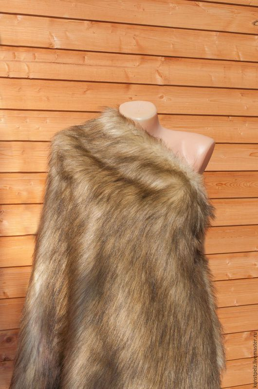 Ласковый мех степной лисицы.