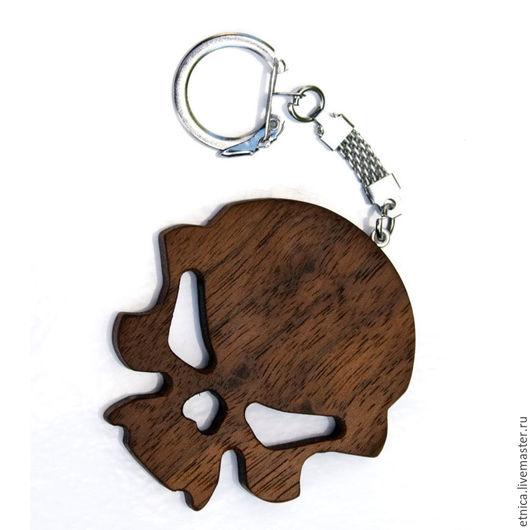 Подарки для мужчин, ручной работы. Ярмарка Мастеров - ручная работа. Купить Брелок-череп из дерева. Handmade. Коричневый, деревянный череп