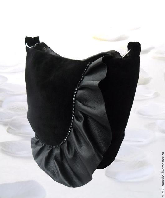 Женские сумки ручной работы. Ярмарка мастеров - ручная работа. Купить Сумка замшевая женская `Волна`. Мягкая, черная, большая. Handmade. Сумка замшевая, замшевая сумка, мягкая сумка