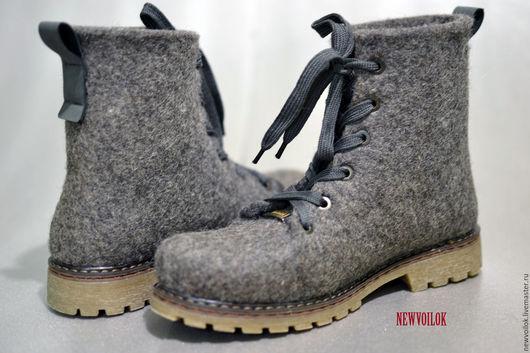 """Обувь ручной работы. Ярмарка Мастеров - ручная работа. Купить Ботинки войлочные """"Волчица"""". Handmade. Серый, войлочные ботинки"""