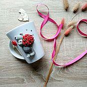 Посуда handmade. Livemaster - original item Mug porcelain handmade Mishutka-modest with a bouquet of roses. Handmade.